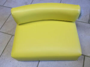 JOHN DEERE SEAT and BACK A B D G R 50 60 70 80 520, 530, 620, 630, 720,730