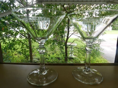 VTG SET OF TWO BEEFEATER LONDON DRY GIN ADVERTISING MARTINI GLASSES