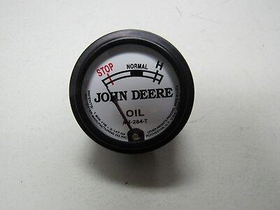 JOHN DEERE M TRACTOR WHITE FACED OIL PRESSURE GAUGE  9300