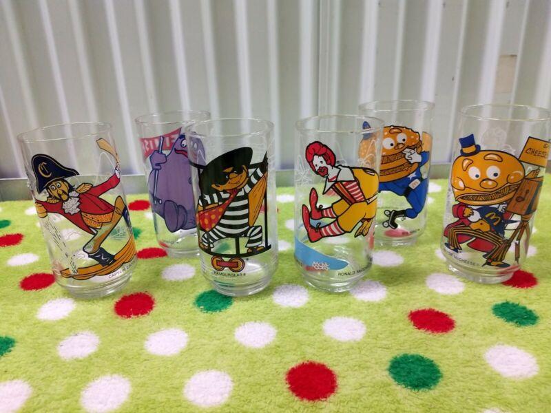 Vintage 1977 McDonalds COLLECTOR SERIES Glasses COMPLETE SET of 6 Drinkware