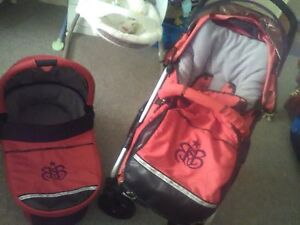 Near new good condition stroller/bassinet combo Carole Park Ipswich City Preview