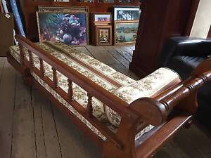Antique Edwardian Chaise Lounge Sofa with Cushions Day Bed 175cm Queenstown Port Adelaide Area Preview