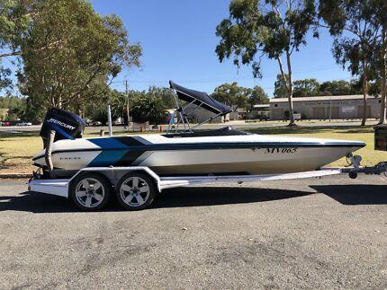 Skicraft Excel 225 EFI Outboard