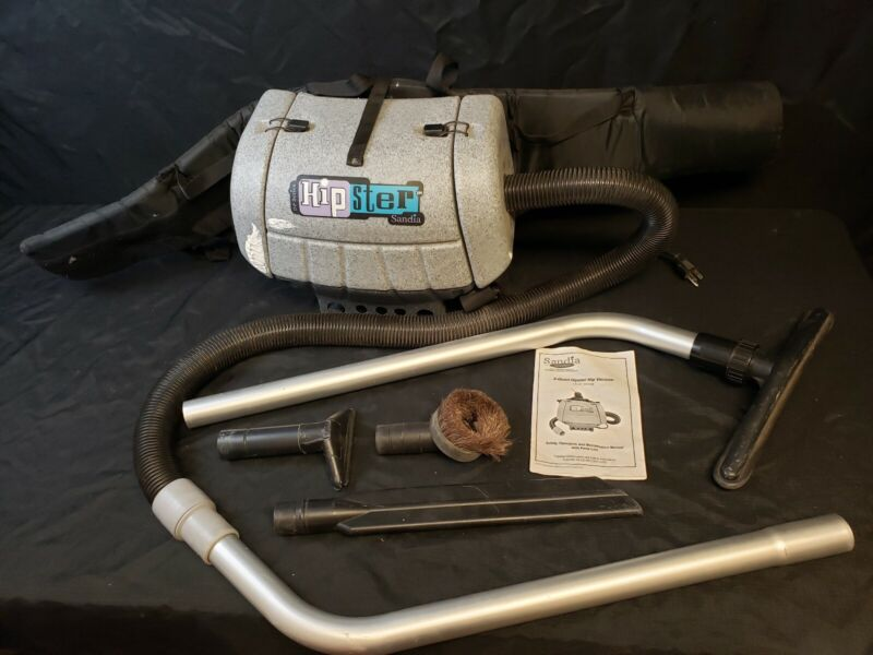Sandia D-P Series Hipster 6-Quart Vacuum w/ 5 Pc Standard Tool Kit Hip Backpack