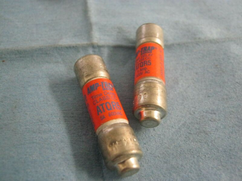 Lot Of Amp-trap 2000 Model: Atqr5 Low-peak  Fuses, Qty. 2.  Used Good Stock <