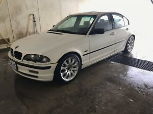 Bmw 323i for trade or sell