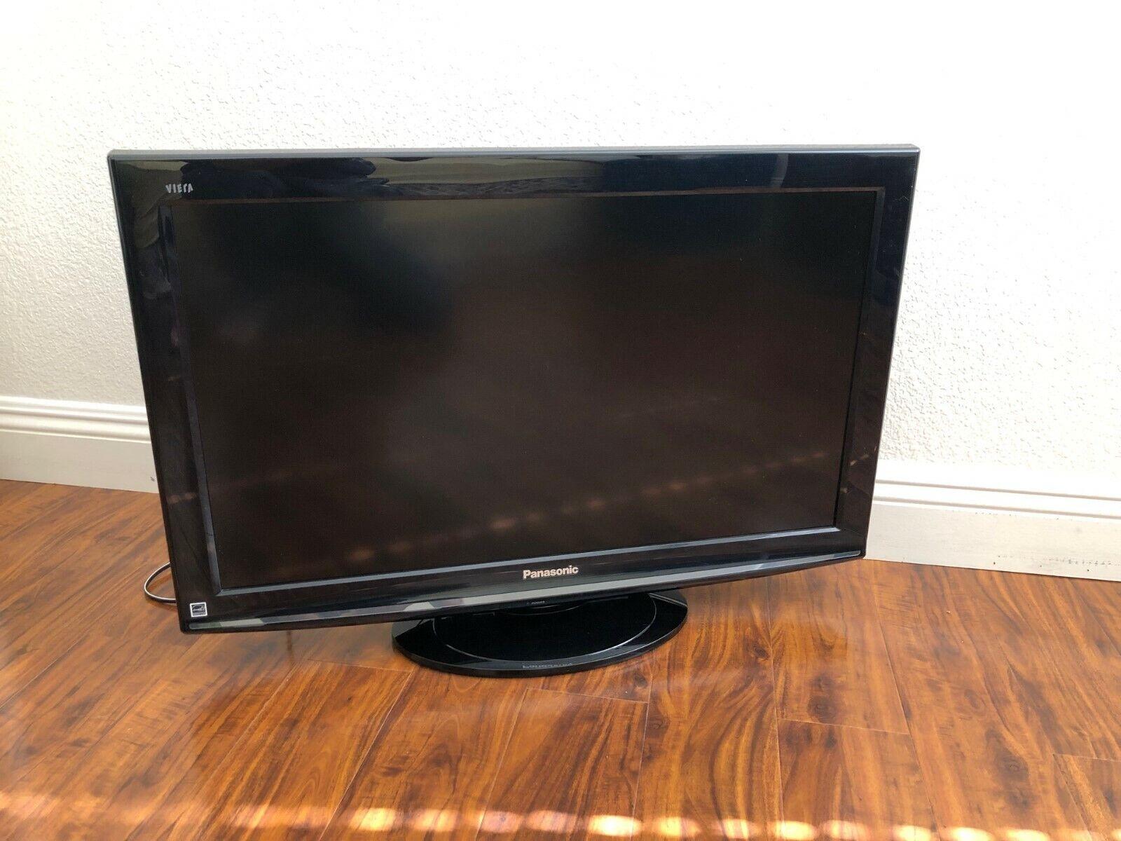 "Panasonic Viera TC-L32S1 32"" 1080p HD LCD Television"