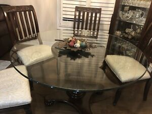 7 piece dining room set for sale with matching hutch