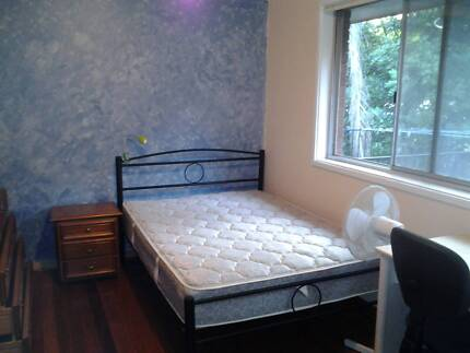 Single furnished room in clean and quiet house, bills incl.