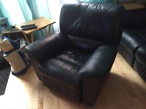 Divan 3 place et fauteuil  types elran en cuir