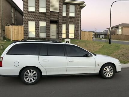 Holden commodore Vx acclaim wagon