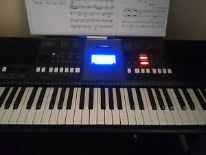 Excellent quality YAMAHA keyboard with quality case Kellyville Ridge Blacktown Area Preview
