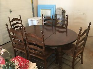 Gorgeous  solid wood dining set with 6 chairs