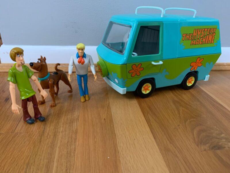"""Vintage Scooby Doo Mystery Machine 10"""" Van 2000 Hanna-Barbera with 3 figures"""