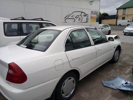 Mitsubishi lancer 2001 GLI