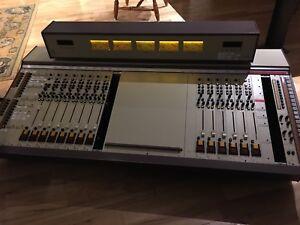 Console WARD BECK WBS Renaissance MK III 100% analogique