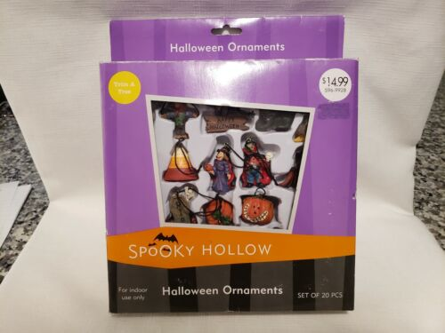 2004 Spooky Hollow Halloween Ornaments 20 Pieces