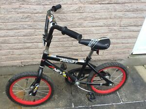 "16"" kids bike, training wheels included"