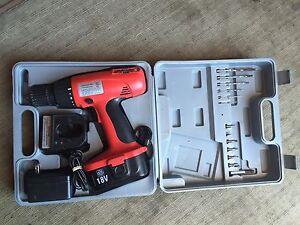 18 Volt drill