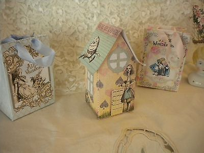Alice in Wonderland House Table / Party / Cake Decoration (4)](Wonderland Parties)