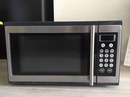 Breville BMO300 Microwave