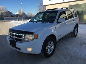 2008 Ford Escape Hybrid 234,xxxKM , AWD, Leather, $5,300 OBO