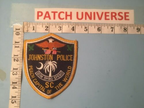 JOHNSTON SOUTH  CAROLINA  POLICE  SHOULDER PATCH   Q070