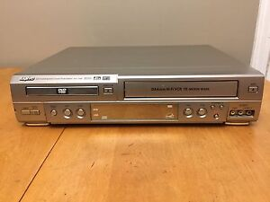 DVD Player / VCR Player Recorder