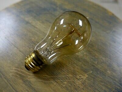 LOT: 4 Edison Globe Light Bulbs, 25 watt Quad Loop Vintage Filament A19 Lamps