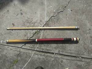 pool cue and bag