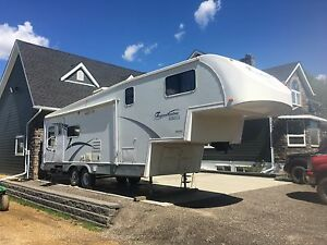 Travel Air 5 th wheel  GW 292