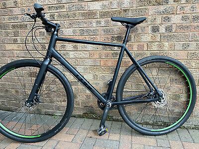 Cube Hyde Race Hybrid Mens cycle. 58cm. Aluminium frame and fork.