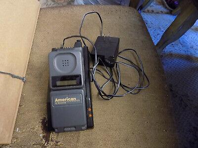 Vtg Lot Motorola Digital American Wireless Flip Cell Phone w/ antenna & Charger ()