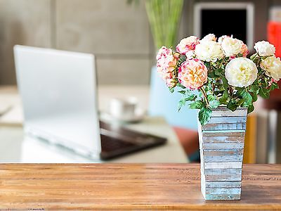 Increase your creativity and productivity with flowers