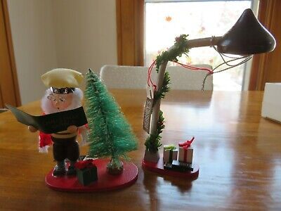 Hershey's Chocolate 2 Pc. Christmas Ornament Set Caroling Elf & Street Lamp Post