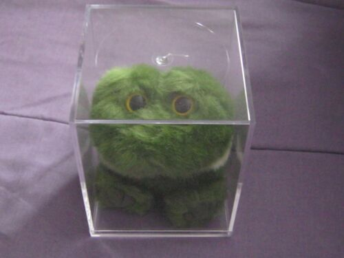CLEAR ACRYLLIC DISPLAY CASE FOR PUFFKINS LOT OF 25