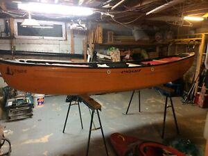 Canot esquif solo eau vive white whater canoe