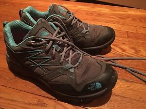 GORETEX north Face hiking shoes size 7.5