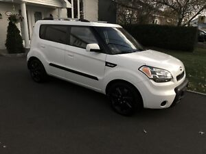 Kia soul 2010 2u ** automatique * demarreur **