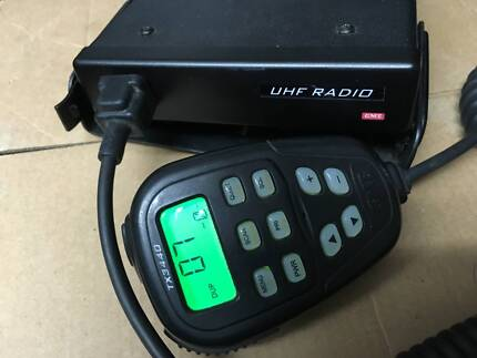 GME tx 3420 DSP Compact UHF with LCD Mic 80 channels 4x4 truck