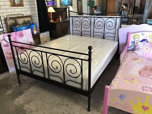 Queen Size Bed Frame Wangara Wanneroo Area Preview