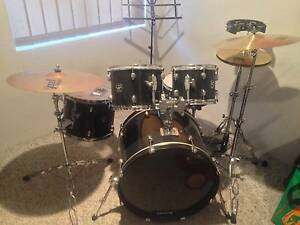GRETSCH BLACKHAWK 5 PIECE W/ PAISTE RIDE & GIBRALTAR H/WARE Maida Vale Kalamunda Area Preview