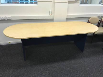 Boardroom Table to seat 6-8 people