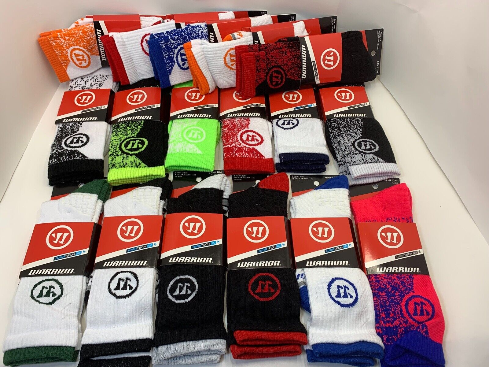 NEW WITH TAG WAR TECH GAME DAY FAST BREAK WARRIOR MENS CREW SOCKS MEDIUM – LARGE Clothing, Shoes & Accessories