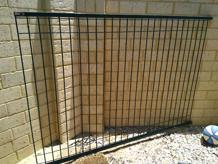 2 x fence FREE