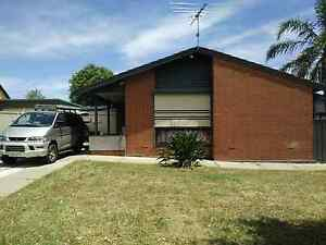 House for rent, house sitting, furnished if needed. Evanston Park Gawler Area Preview