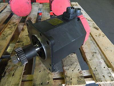 Fanuc Ac Servo Motor Mod 122000 A06b-0142-b575 7000 A860-0360-v501 Used