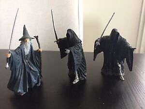 3 Lord of the Rings figures