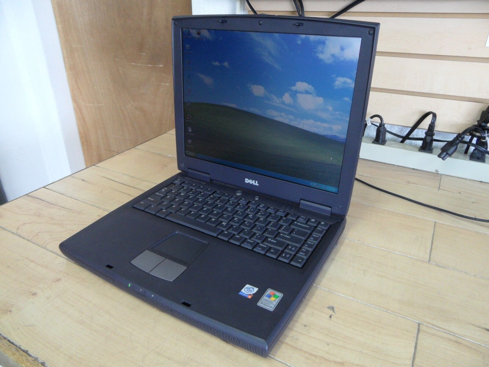 Dell Inspiron 2650 Laptop 4 Parts Booted Windows Hard Drive Wiped *