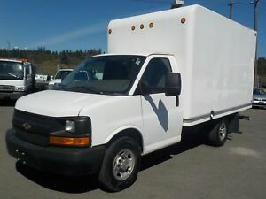 2011 Chevrolet Express G3500 12 Foot Cube Van